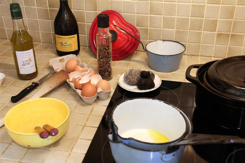 how to cook truffles with eggs